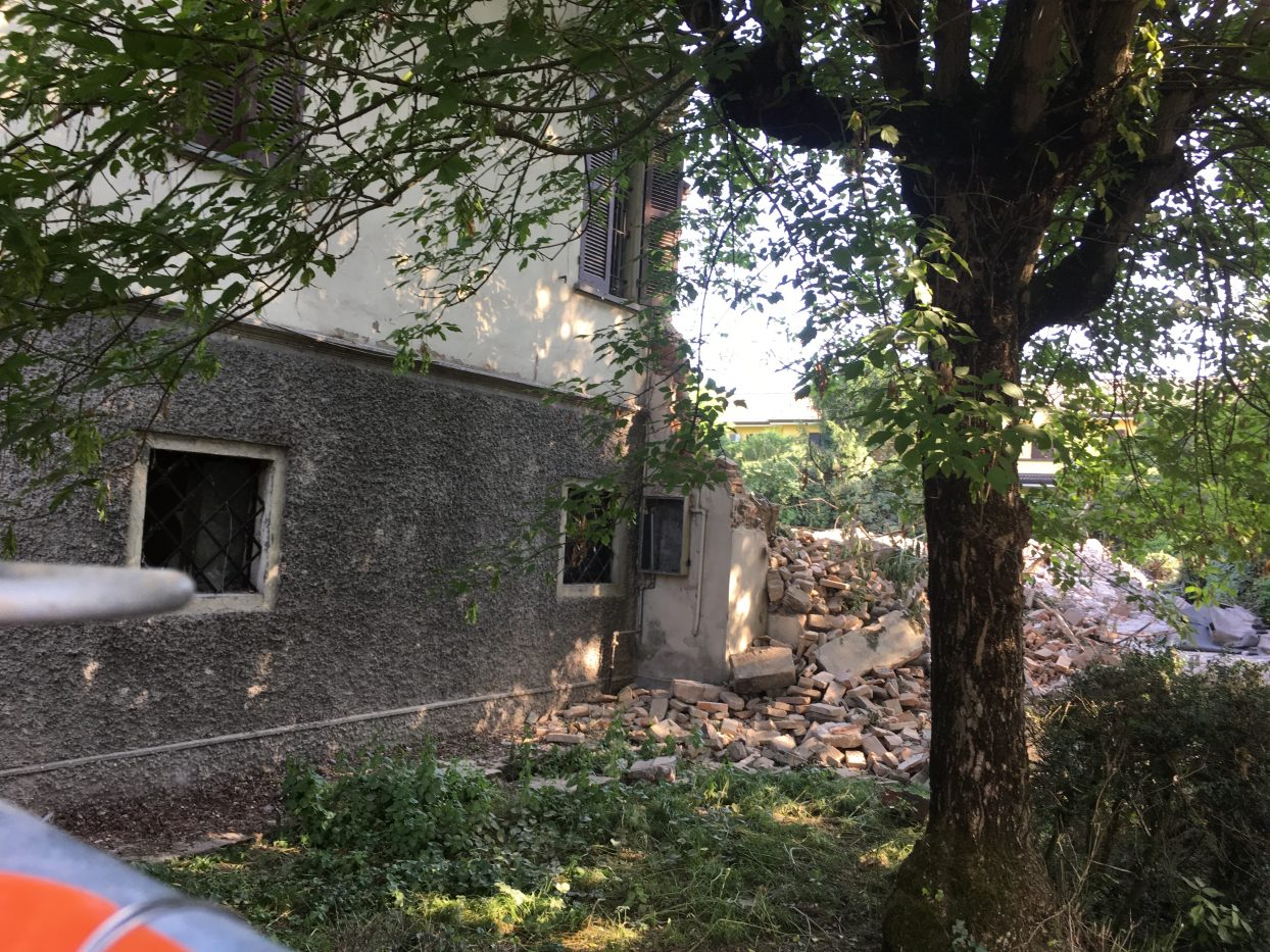 IMG_6489 villino demolito